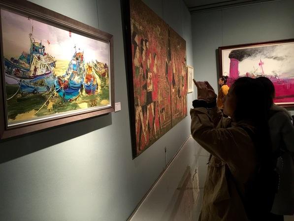 """""""庆祝改革开放四十周年—山东油画作品展""""在山东美术馆展出"""